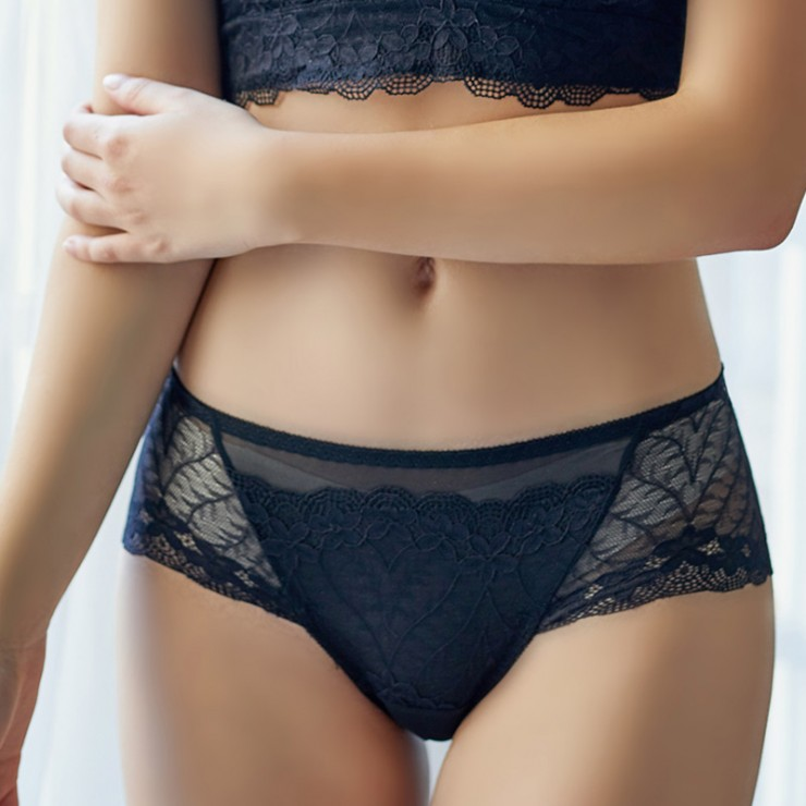 Black Lacy Comfort Hiphugger Panty